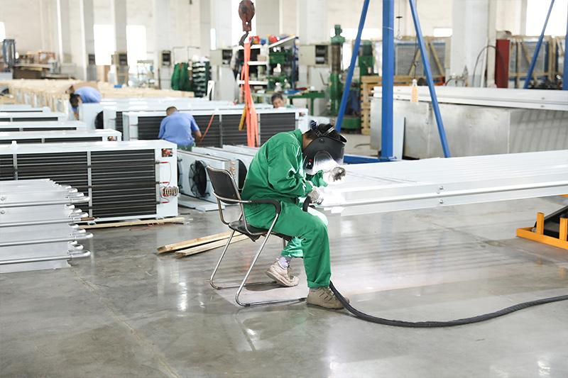 生产车间-员工工作状态